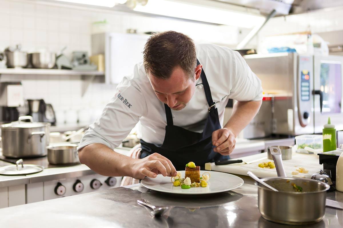 Sven Molitor in der Küche